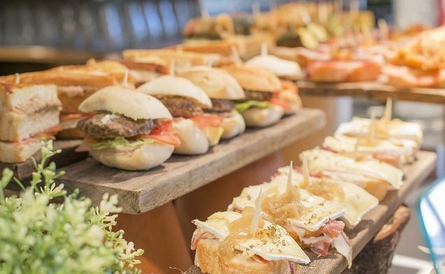 《异模板的美食家》逆袭《世界供应商》越看越美食卡通ppt美食图片