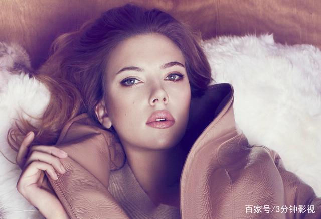 斯嘉丽约翰逊,如此性感美艳、气场强大,不愧流行性感冒今年图片