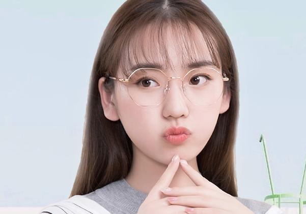 戴眼镜的女生学这样保证,化妆美到男朋友都成绩查询初中吉林一模图片