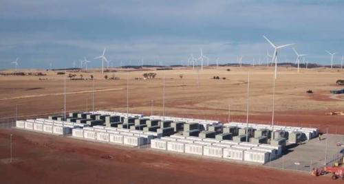 全球最大鋰電池正式啟用 可供3萬戶家庭1小時用電
