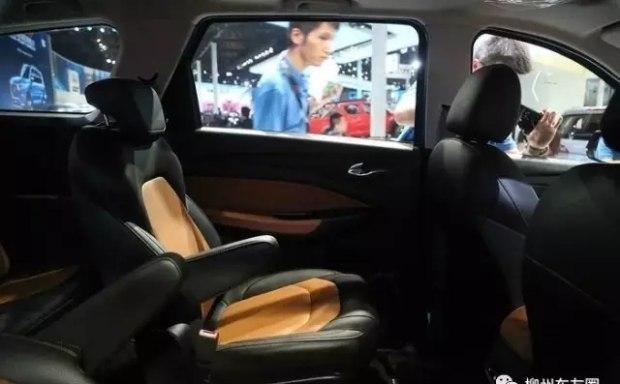 五菱宏光S3图片 五菱第一款7座SUV上市价格6万吗高清图片