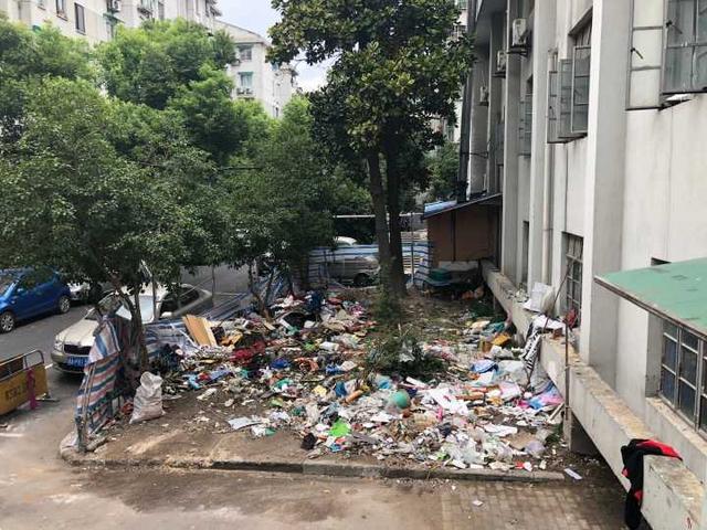 垃圾v垃圾点设在小区里,家门口为何成了垃圾场邢台市2016年小学图片