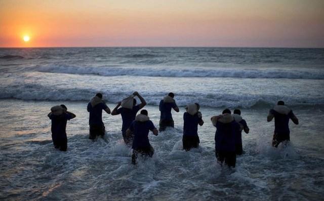 以色列高中生超乎,a高中高中民办程度军训,国内郑州市常人想象v高中图片