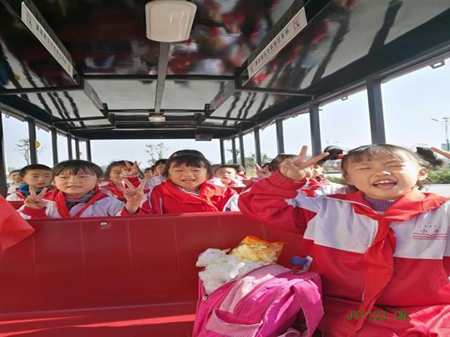 我们和秋天有个约--闵桥镇中心小学开展201了上小学反思图片