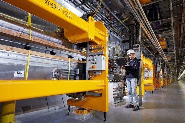 世界最大的X射线激光器在德国首秀,能量惊人!