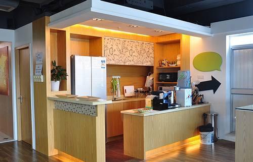 办公室就是间装修设计得够气派,我茶水想创意设计云:图片