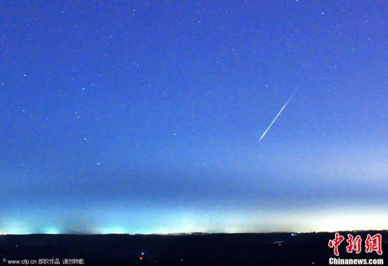 宇航員從太空拍到一顆流星墜落:猶如閃亮火球