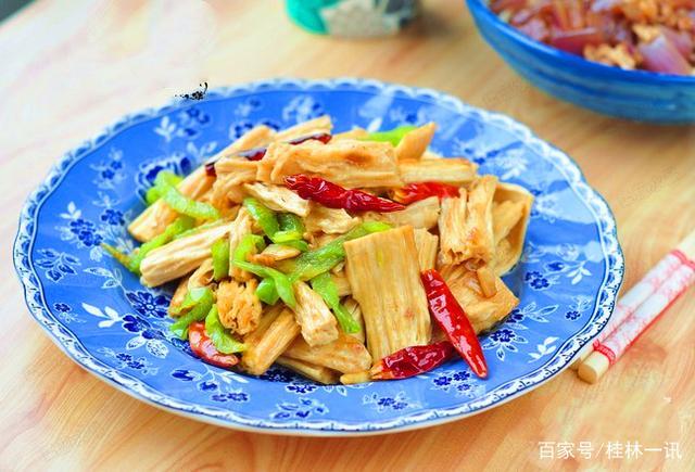 中华青色推荐减肥山药第一期《冬日里的素鸭肉做法大全胡萝卜汤的美食菜谱图片