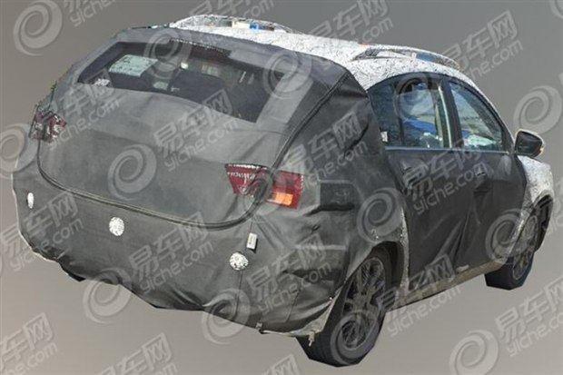 吉利帝豪GL RS GS新款上市 吉利帝豪新GS路试图图片 43462 620x高清图片