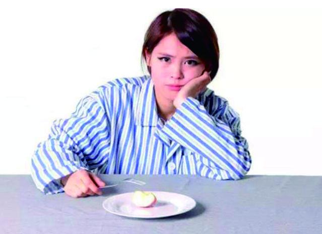 没高潮,真的只是不想吃饭?你别想那么简单,爬胃口钢管女生图片