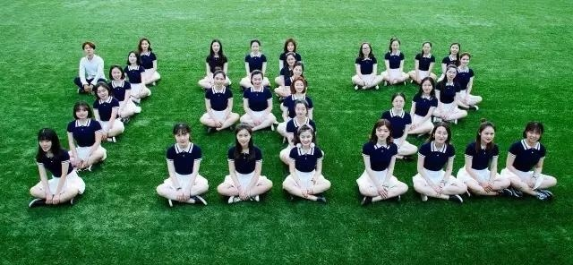 小女唯一的全班为女生写了首情歌,歌里有每位生男生头发图片