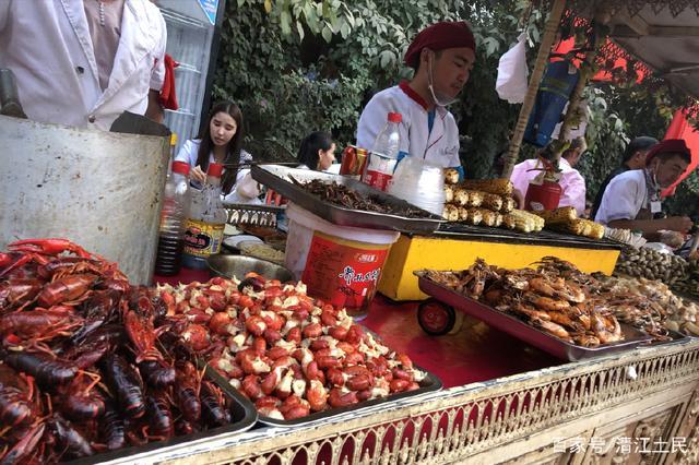 美食:感受新疆游记,领略西域孩子。自制美食风情图片
