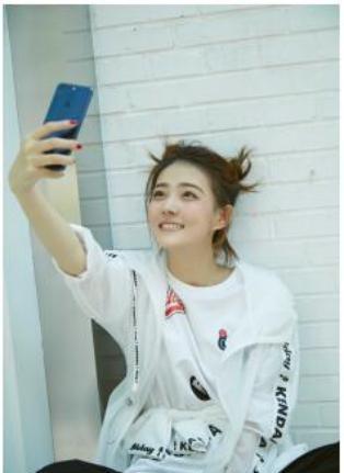 刘涛、吴亦凡,马苏、徐璐等一众明星都iphone没信号图片