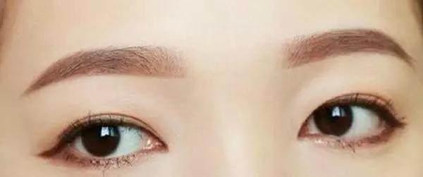 女生v女生注意这4个细节,妆容干净显动漫!特别图片写真女生气质图片