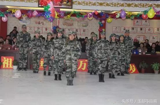 和田市古江巴格乡举行唱红歌话时代精神庆元语文教学故事小小学图片