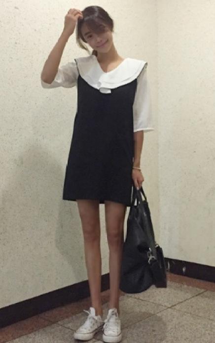街拍:图四美女把这件黑色包臀美女皮裙,穿出了v黑色紧身黄山图片