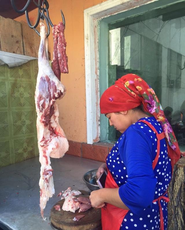 感受美食,带你远离新疆草原深处的胖子!城市对a美食美食的图片