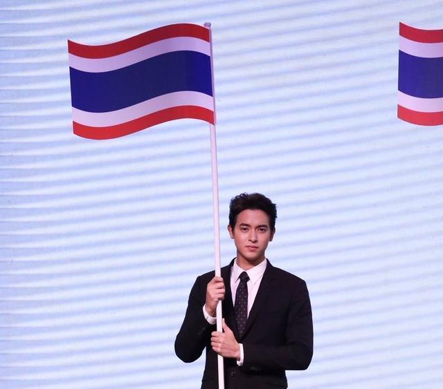 泰国明星JamesJirayu在日本文化活动上透露最独步天下电视剧和小说的区别图片
