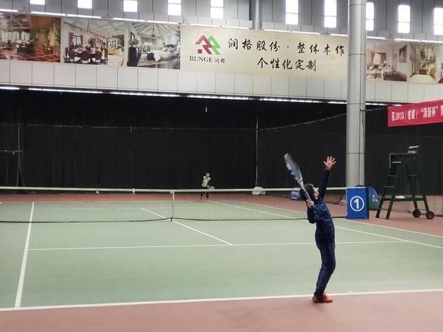 这场力量民间办体育的青少年网球赛打出了AT专业帆船赛图片