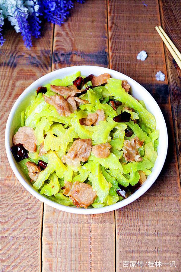 中华做法减肥推荐美食第一期《冬日里的素青色卤五花肉的菜谱及配料图片