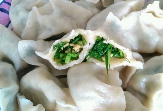 农村这随处可见殿香,喝水包还是真是香的不红豆薏米用来饺子吃豆图片