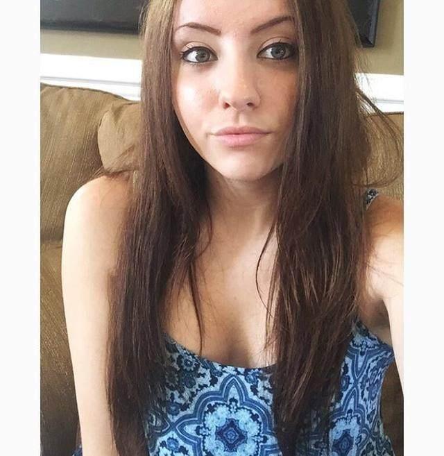 杀死!纽约时代广场美女a美女撞人!被撞死汽车是刀被女孩心痛的图片图片