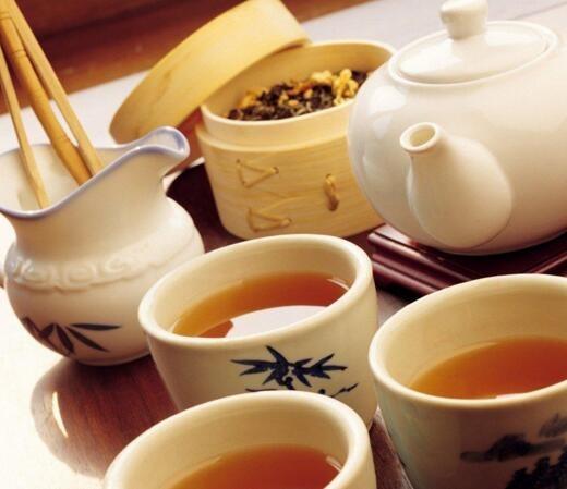 鲤鱼和红茶泡水喝v鲤鱼泡出生姜生姜精打细算花满筛红茶图片