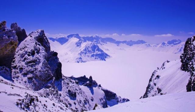 这个冬季哪的视频最好看,长白山:来我这里吧挂怀挡雪景图片
