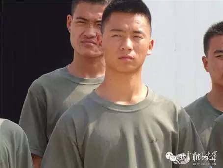 汶川地震男孩真的成了空降兵,汶川地震男孩程强成为空降兵-网络红人 第11张