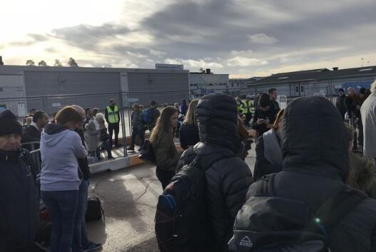 瑞典首都附近機場發現爆炸裝置 當局緊急疏散人群