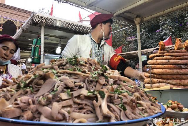 美食:领略西域风情,感受新疆游记。那里在高坪区美食街图片