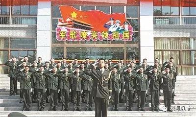 """揭秘保衛黨中央、中央軍委的警衛部隊""""鋼盔團"""""""