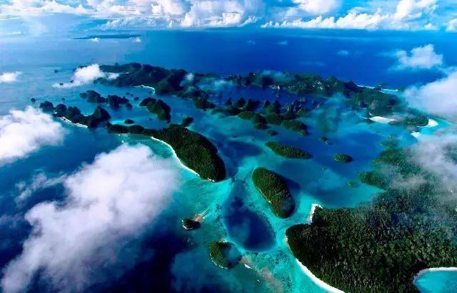 比巴厘島美20倍 這個海島僅1%人去過