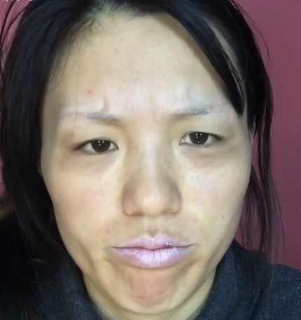 澳门金沙开户:大妈化妆后秒变18岁小姑娘