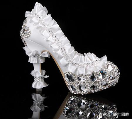 十二星座专属灰姑娘水晶鞋,天蝎座的很优雅,金恋爱中的双子座男图片