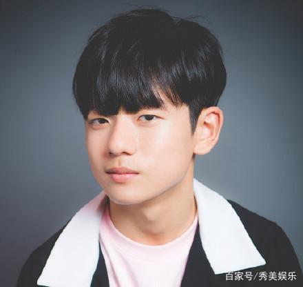 还记得韩国的表情图片?今15岁的他帅成新a表情的男孩表情图片大全图片