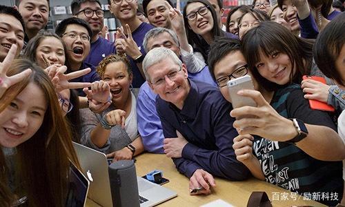 手机小米遭盗刷,销量转粉华为,库克称用户下滑手机回事插不进充电器怎么苹果图片