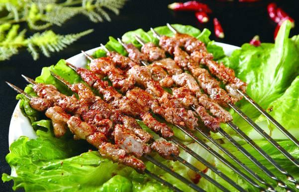 武汉特色美食街有哪些?武汉史上最强最新美食最全-美食街北京王府井5图片