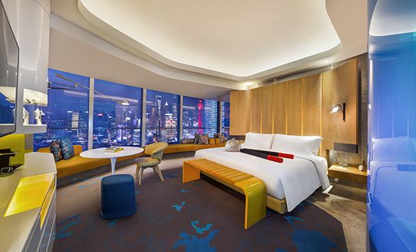 香港w酒店泳池墙绘