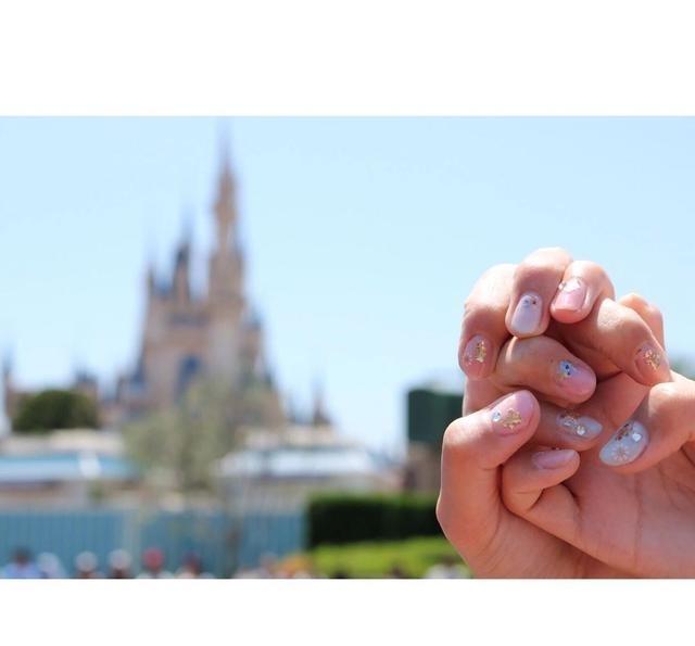 美甲梦幻国度~7款粉嫩帅哥美女迪士尼动态亲吻图片和走进色系梦幻主题图片