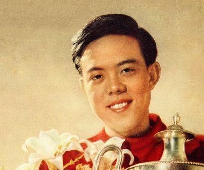 中国体育界第一个世界冠军容国团