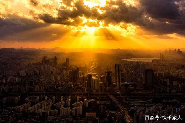 韩国首尔,全称首尔特别市,旧称汉城