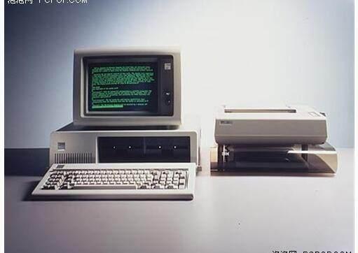 你知道谁发明了第一台电脑吗?Computer改变人