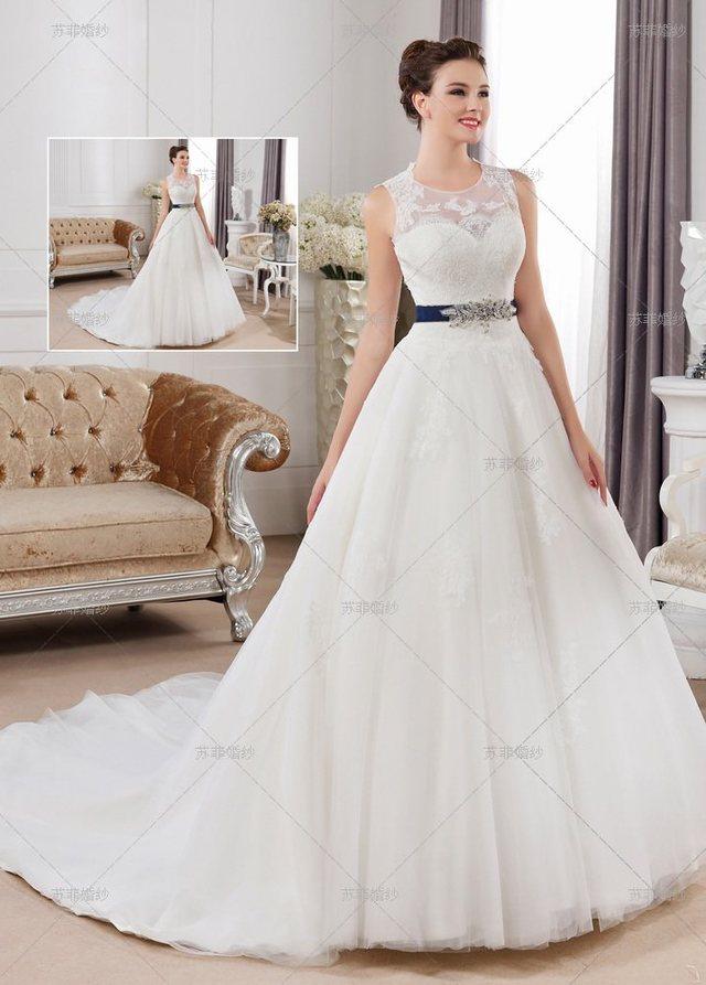 2018新娘婚纱款式图片 简约的新娘婚纱流行款式