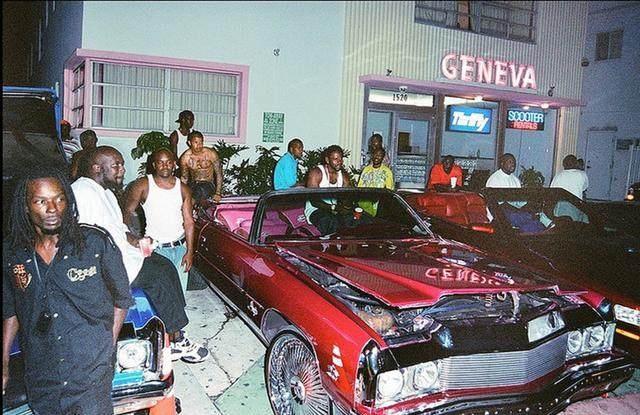 美国城市里的黑人帮派