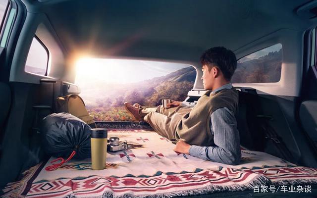 带车顶帐篷,Valli能否创宏光MINI EV辉煌再吃退休大军?