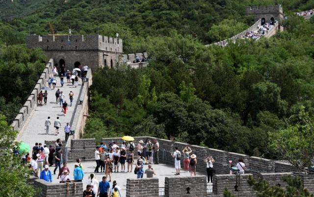 八达岭长城景区限流迎来旅游旺季 三大措施应对暑期客流高峰[墙根网]