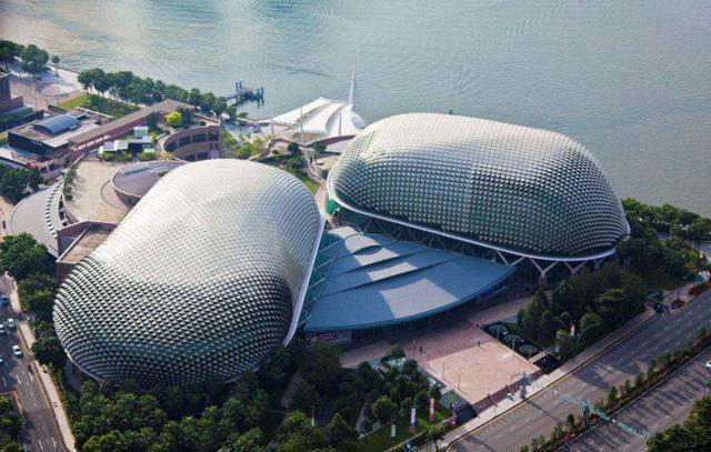 为什么新加坡那么多华人,对中国却不是很待见