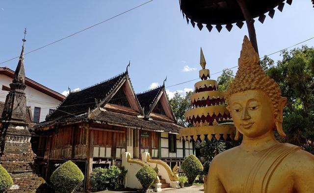 一路一带:老挝青年眼中崛起的中国