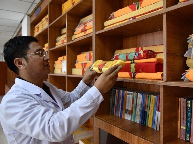 """青海中藏医药兼收并蓄 传承、创新、推广""""三不误"""""""